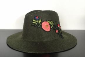 כובע פלו ירוק