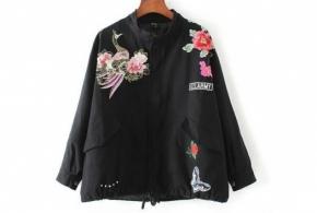 ז'קט צבאי שילוב פרחים שחור