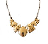 אופנה להתאהב בה! שרשרת אופנתית עם קוביות זהב בצורות וטקסטורות שונות