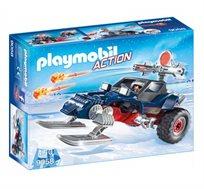 פיראט קרח עם רכב שלג פליימוביל