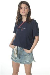 TOMMY HILFIGER נשים // חולצה קצרה לוגו