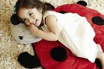 שטיח בובה כירבולי לחדר ילדים Snug Rug חיפושית