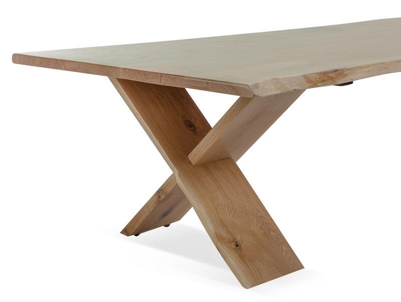 שולחן קפה לסלון דגם ביסו ביתילי עם פלטת עץ אלון מבוקע טבעי  ורגלי איקס מעץ מלא  - תמונה 4