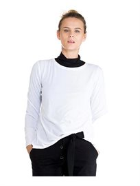 חולצת טי בייסיק ארוכה לנשים עם שרוול ארוך בשני צבעים לבחירה