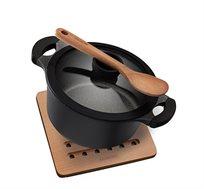 """סיר 24 ס""""מ ביו סטון עם כף בישול ותחתית לסיר מעץ מתאים לכל סוגי הכיריים ארקוסטיל"""