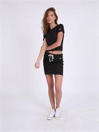 Champion נשים - חצאית ספורטיבית צ'מפיון