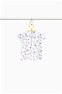 חולצת פולו לבנות מבד כותנה סטרץ' בצבע לבן עם הדפס
