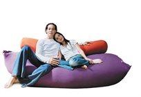 נוחות ארוכה! כרית גליל ארוך מבית מילגה, נהדר ככרית תמיכה לרוחב המיטה או לשינה על הצד בהריון!