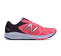 נעלי ריצה מקצועיות לנשים NEW BALANCE דגם WURGEPK - ורוד