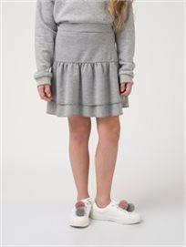 חצאית קזואל במראה שכבות