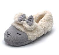 מארז הכולל שני זוגות נעלי בית פרוותיות לילדות במבחר דוגמאות של חיות מתוקות לבחירה