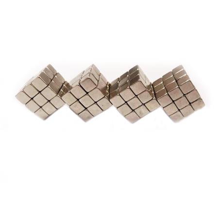 משחק הרכבה לילדים ריבועים מגנטיים 216 חלקים פליימאגר