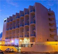 לילה מפנק במלון 'מדיסון' נהריה כולל יום העצמאות החל מ-₪479 לזוג
