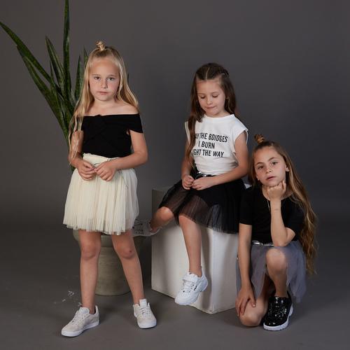 גופיית Oro לילדות (מידות 2-7 שנים) לבן קשירה בגב