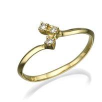 """טבעת יהלומים """"ברנדה"""" בעיצוב עדין ויוקרתי"""