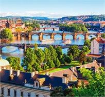 חופשה משפחתית בפראג ל-3-4 לילות במלון 4* כולל כניסה לפארק מים החל מכ-€550*