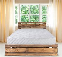מיטה מעוצבת מעץ אורן מלא כולל מזרן במבחר צבעים