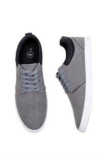 נעלי סניקרס