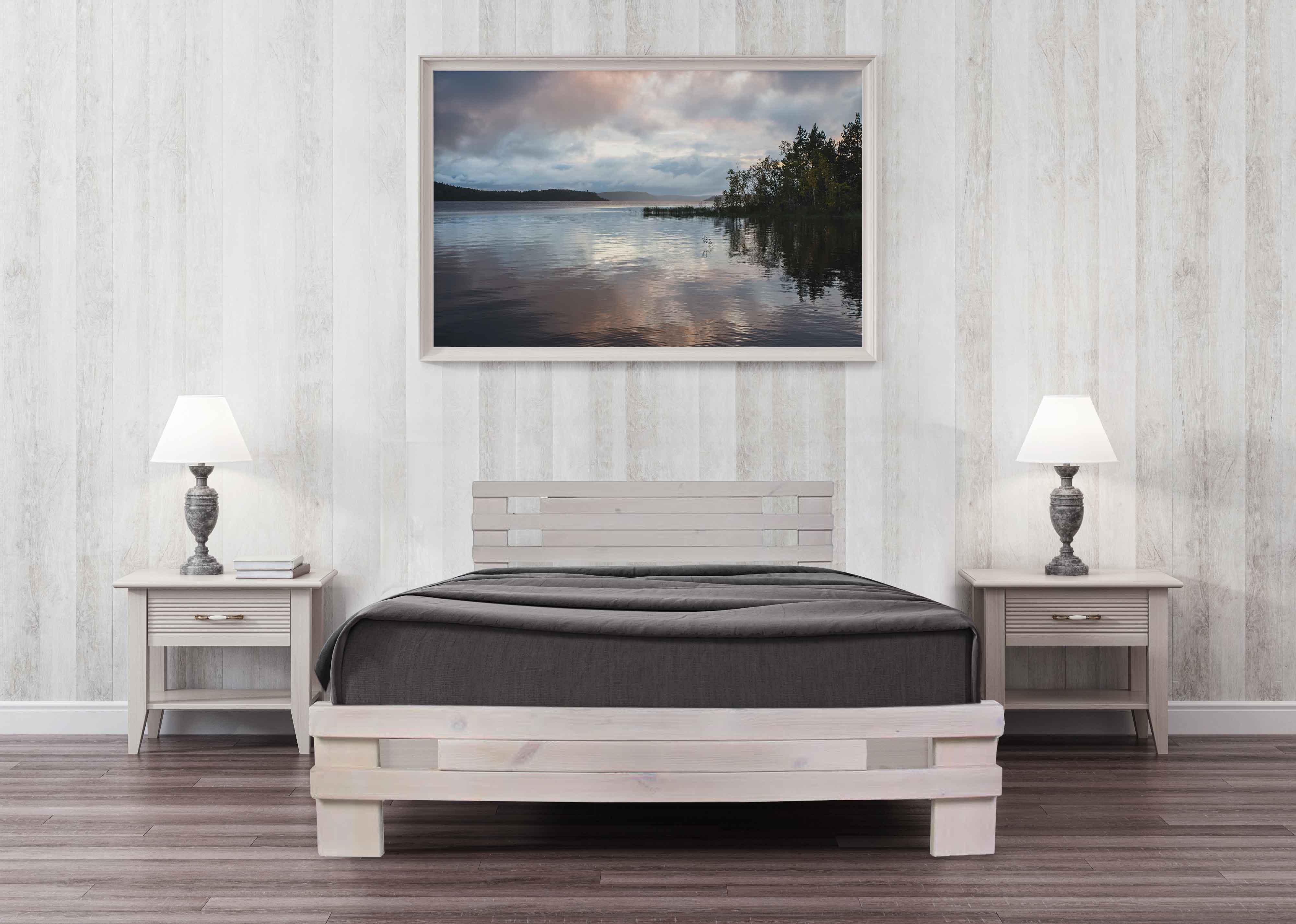 מיטה מעוצבת מעץ אורן מלא + מזרן קפיצים מתנה