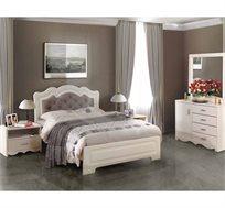 חדר שינה קומפלט עשוי עץ דגם שקד הכולל מיטה זוגית, שתי שידות, קומודה ומראה
