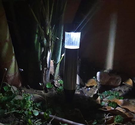 סט 5 פנסי LED סולארים גדולים מנירוסטה מבית MiniMaxx - תמונה 4