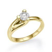 """טבעת אירוסין סוליטר זהב צהוב """"טייה"""" 0.31 קראט בשיבוץ משולש ייחודי"""
