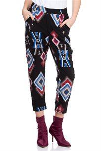 מכנס מאריג ויסקוזה מודפס בסגנון אתני עם מותן בחצי גומי וכיסים קדמיים ואחוריים