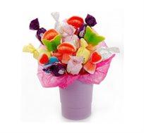 שילוב מתוק - זר מתוק ממלא שמחה בלב המורכב משיפודים , איכותיים המגיעים במגוון צבעים