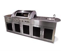 מטבח חוץ מושלם ואיכותי של חברת DCHEF כולל גריל גז איכותי, שיש, כירת גז עוצמתית, כיור וארוניות אחסון