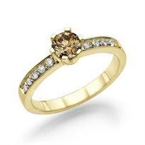 """טבעת יהלומים זהב צהוב """"אריאנה"""" 0.78 קראט משובצת יהלום צבעוני"""