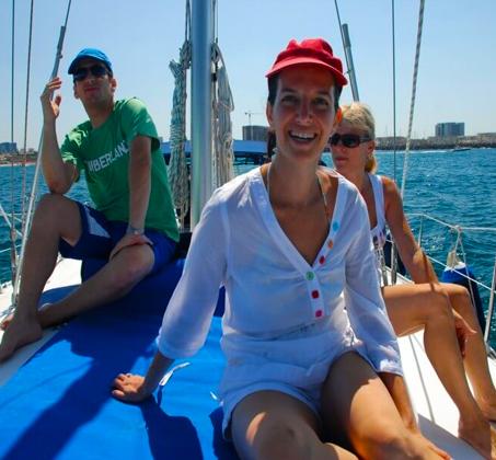 הפלגה משפחתית - שייט ביאכטה מפוארת ומפנקת לאורך חופי הרצליה ותל אביב - תמונה 8