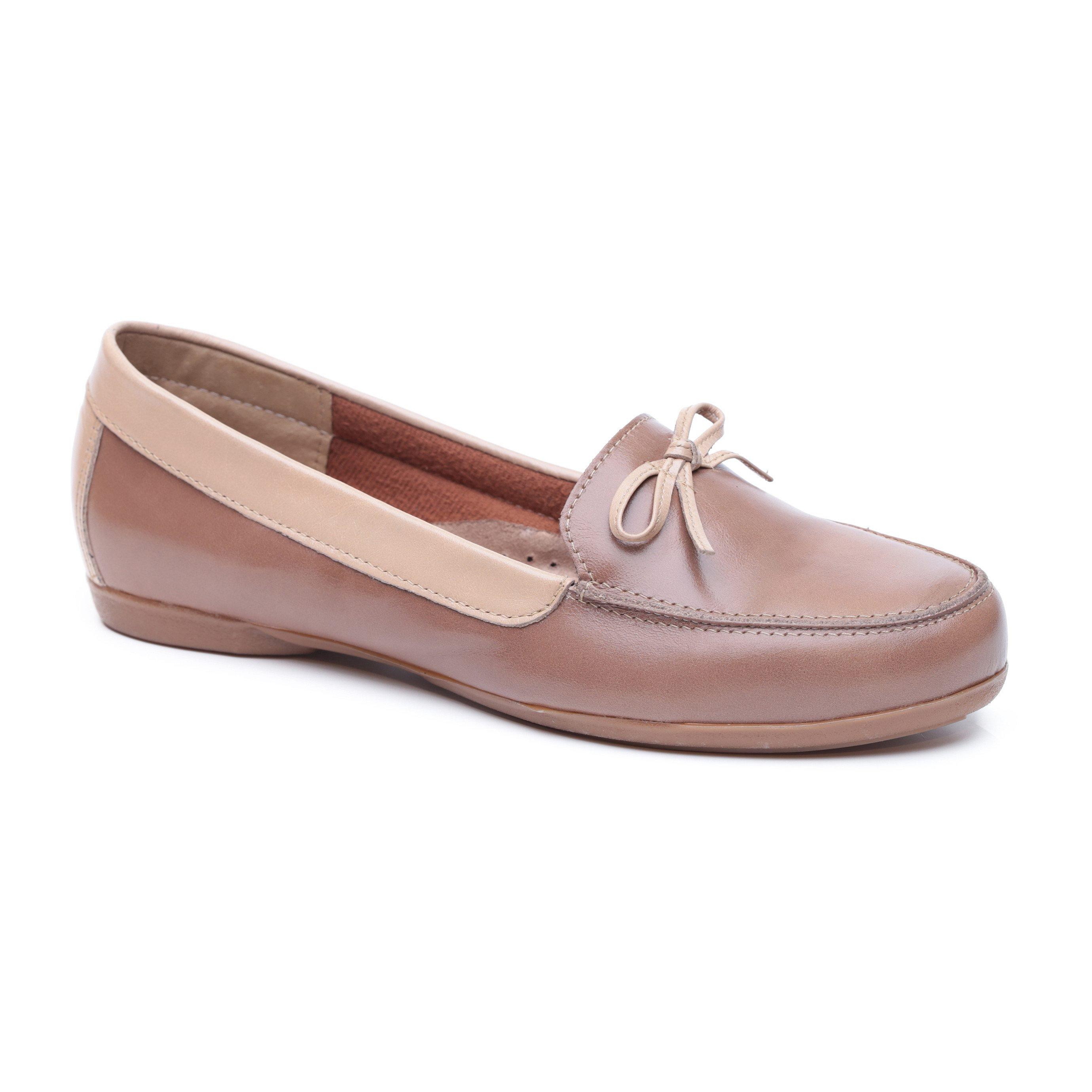 Seventy Nine - נעלי מוקסין שטוחות לנשים בסגנון רטרו בצבע קאמל
