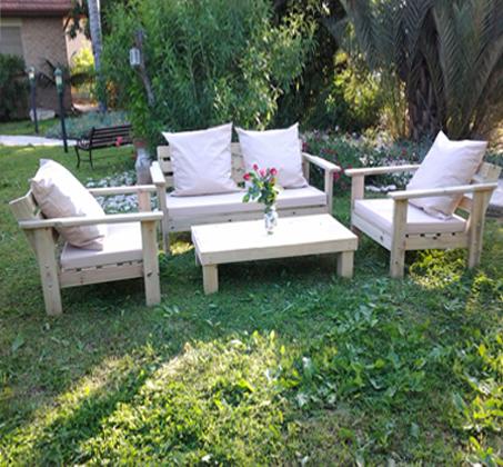 פינת ישיבה מוגבהת לישיבה נוחה מעץ אורן איכותי במבחר צבעים לבחירה - תמונה 3