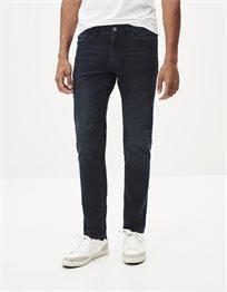 ג'ינס בגזרה צרה Slim