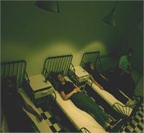 """חדר בריחה """"המכון לבריאות הנפש"""" מותחן פעולה BrainScape כולל חוויית תחקור במשחק!"""