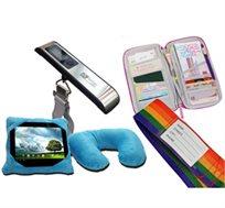 חבילת מוצרים משלימים לנסיעות הכוללת 2 חגורות להגנה על המזוודה, כרית פלא, משקל מזוודה וארנק מסמכים