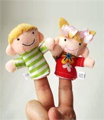 הנאה צרופה לכל המשפחה! סט בובות אצבע איכותיות המרכיבות משפחה שלמה: סבא, סבתא, אבא, אמא, אח ואחות