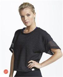 חולצת ספורט  relax boxy crop top