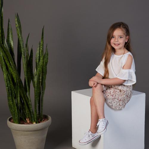 חליפת Oro לילדות (מידות 12 חודשים- 5 שנים) לבן פרחים
