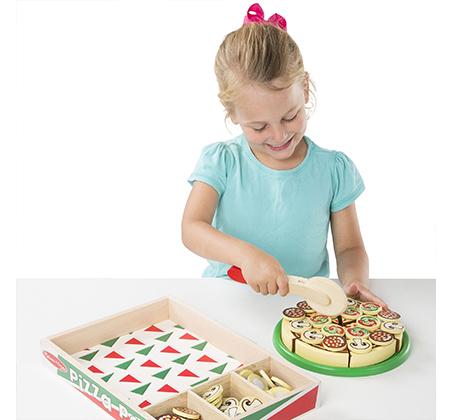 משחק מיוחד להכנת פיצה מעץ לילדים מבית Melissa & Doug - תמונה 4