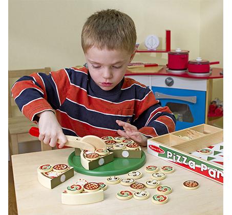 משחק מיוחד להכנת פיצה מעץ לילדים מבית Melissa & Doug - תמונה 6