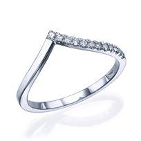 """טבעת יהלומים """"וי"""" 0.12 קראט זהב לבן"""