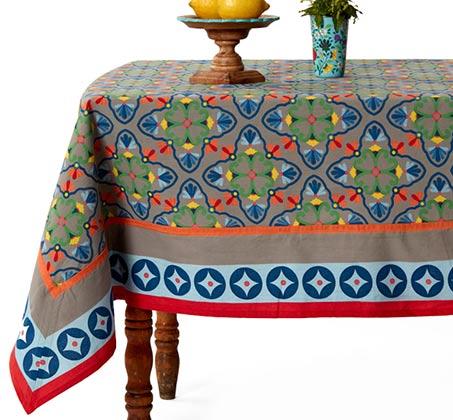 מפת שולחן מודפסת 100% כותנה דגם גראנדה בגוון אפור