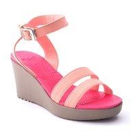 Crocs Leigh Wedge - נעלי עקב בצבע מלון עם רצועות