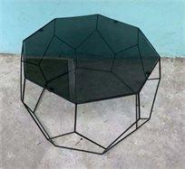 סט 2 שולחנות גאומטריים ב2 גדלים זכוכית שחורה עם ברזל בצבע שחור