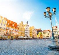 חבילת נופש לורשה ל-3-4 לילות כולל טיסה ומלון 3 כוכבים החל מכ-$229* לאדם!