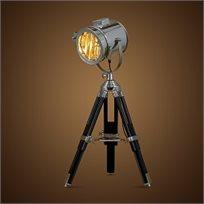 מנורת X-light רטרו גדולה, בעלת חצובת עץ מתכווננת וראש פנס תאטרון עשוי נירוסטה, מבית HomeTown