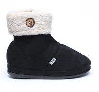 נעלי בית דפנה לאישה דגם מיכל כפתור בצבע שחור