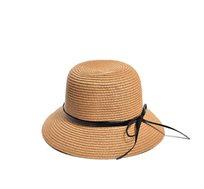כובע קצר שוליים לנשים עם סרט עור דק - צבע לבחירה