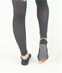 גרבי יוגה ופילאטיס דגם אצבעות פתוחות בצבע שחור